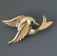 Vintage Bird  Pin Brooch In gold tone metal