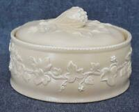 LOVELY VINTAGE IVY AND VEGETABLE MOTIF ART POTTERY COVERED CASSEROLE WITH INSERT
