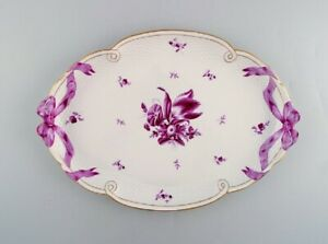 Large Herend serving tray in hand painted porcelain. Mid-20th C