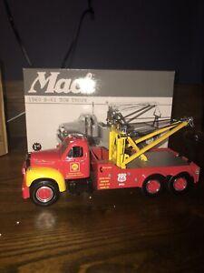 First Gear 1960 B Mack Shelle Oil Tow Truck Wrecker [lot#84]