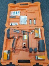 Paslode IM65 Recto F16 2x 7.4V 2.1Ah Li-Ion Inalámbrico pistola de clavos con Estuche