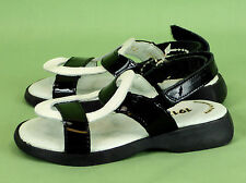 233 girl 1913 by Aster France Boutique sandals patent leather EUC 26 US 9.5
