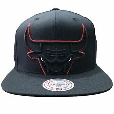 purchase cheap 12724 3812f Mitchell   Ness Chicago Bulls Black Cropped XL Adjustable Snapback Hat