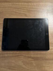 Unlocked Apple iPad 6th Gen, 32GB READ DESCRIPTION Comes With Protective Case