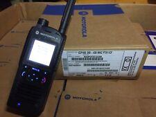 Motorola CEP400 TETRA radio + charger
