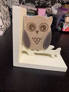 Owl book stopper
