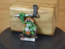 Classic Metal bosque Duende Boss con hacha Pintado (3209)