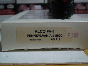 HO Scale Walthers Trainline AD212 PRR Alco FA #9600