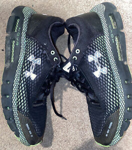 Men's Under Armour HOVR Black & Green Mesh Lace-up Running Sneakers. Size 8.
