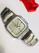 Vintage Seiko  5 Quartz 8223-525A (June.1981)Men's Watch