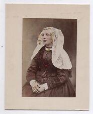 PHOTO ANCIENNE PEINTE COLORISÉE Costume traditionnel Coiffe Folklorique 1900