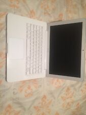 "MacBook - 13.3"" White Unibody Mid 2010 (A1342), 2.4 Ghz C2D, 250Gb HD, 4Gb RAM"