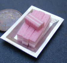 1:12 Scale Metal Tray Of 7 Loose Strawberry Wafer Tumdee Dolls House Bakery PL95