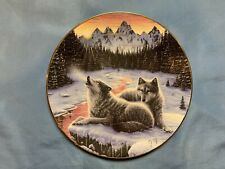 Hamilton Collection Winters Dawn Wolf Plate Call of the North #3172C W/Coa Nib