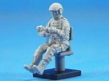 Legend 1/35 Modern US Army AFV Driver Soldier #1 [Resin Figure Model kit] LF0130