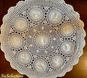 VINTAGE BEAUTIFUL PURE WHITE COTTON CROCHET ROUND TABLECLOTH -LOVELY USED CON'D