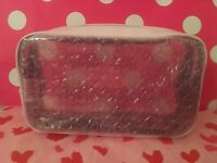 "New Victoria's Secret "" PINK "" CLEAR  Makeup Cosmetic Bag Great for Travel :)"