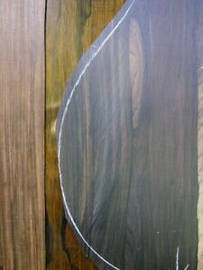 LUTHIER BRAZILIAN ROSEWOOD, ANTIQUE WOOD. LANDSCAPE SPIDERWEB BACK. SMALL GUITAR