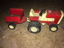 VINTAGE TONKA Mini LAWN TRACTOR WITH ATTACHED TRAILER/WAGON  RED AND WHITE