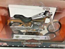 Harley Davidson 2004 FXSTDSE CVO Maisto 1-18 Scale Replica (HF208sHF11)