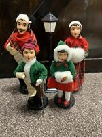 Brinn`s Vintage 1986/87 Christmas Carolers Family of Four 5 piece set in box