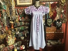 Pretty Vintage Lavender Purple Oaxacan Mexican Multi Color Embroidered Dress M/L