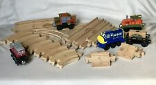 LOT of TRAINS-CALLEY HODGE IRVING BREWSTER/BOXCAR-18 PCS WOOD TRACK-CHUGGINGTON