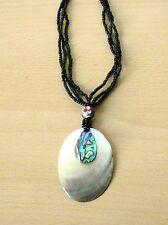 Halskette  ovaler Hänger Perlmutt  Paua-Muschel Naturschmuck  L = ca. 28 cm