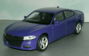1/24 Scale 2016 Dodge Charger R/T Diecast Model Car Replica - Welly 24079 Purple