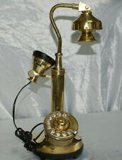 Telefono antico in ottone lucido disco e campanella modello a candela vintage