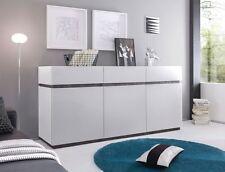 Schränke aus matt lackierten MDF -/Spanplatten fürs Wohnzimmer