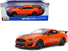 2020 FORD MUSTANG SHELBY GT500 ORANGE 1/18 DIECAST MODEL CAR BY MAISTO 31388