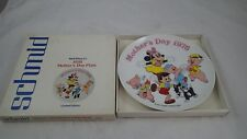 Schmid Porcelain Disney Mothers Day Plate 1976 Minnie Mouse 3 Little Pigs