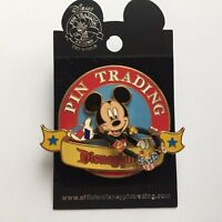 DLR - Pin Trading 2006 Mickey Mouse 3D / Dangle NEW Disney Pin 43552