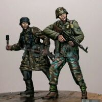 1/35 Resin Figure Model Kit German Soldiers Waffen SS Final Battle WW2 Unpainted