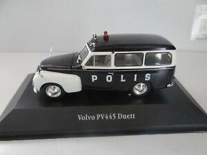 VOLVO PV445 DUETT POLIS POLIZEI MODELLAUTO 1:43 SAMMLER MODELL auf PODEST