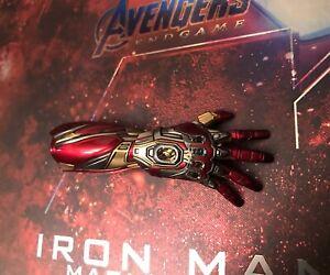 Hot Toys 1/6 Scale MMS528D30 Avengers: Endgame Iron Man Mark 85 (LXXXV) Nano Arm