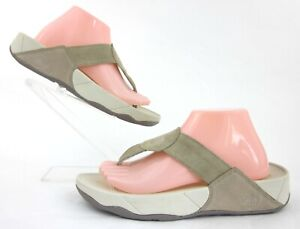 FitFlop 'Oasis' Thong Sandals Natural Sand Suede US 10 Fantastic Condition!