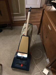 Vintage JCPenney Badged Hoover Concept One Vacuum Model 2910