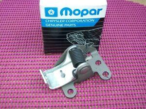 1974-93 Dodge Truck Ramcharger W100 D100 NOS MoPar Left DOOR LOCK REMOTE CONTROL