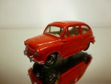 DINKY TOYS 1:43 - FIAT 600   520 CODE 3 REPAINT  -  VERY RARE  - GOOD CONDITION