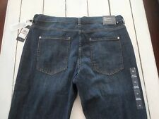 NEW Tommy Hilfiger Mid Goshen Boyfriend Jeans Womens 12 (34X29) EASY FIT NWT'S