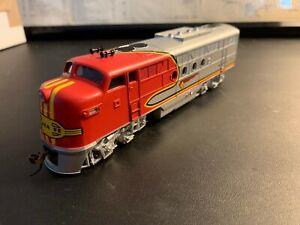 Bachmann HO Scale EMD FT-A Diesel Locomotive Santa Fe DCC On Board