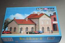 "Kibri 9314 Bausatz Bahndienstgebäude ""Kreuztal"" Spur H0 OVP"