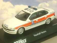 Schuco 04181 VAUXHALL VECTRA Saloon Model Car Lancashire Police 1 43rd Scale