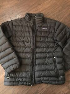 Patagonia Child's Down Puffer Jacket Sz Large 12 Black SMALL TEAR