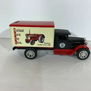 American classic scale model international DIE-CAST METAL BANK WITH BOX  MANUFAC