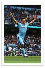 Sergio Kun Agüero Manchester City firmó autógrafos Foto De Fútbol
