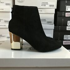 New Steve Madden Womens Cynthiam Zip Up Ankle Bootie Shoes Suede Black 6M