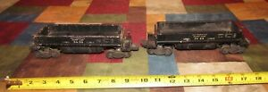 PAIR OF VINTAGE LIONEL #3459 & #3469 AUTOMATIC DUMP CARS- COMPLETE/UNTESTED
